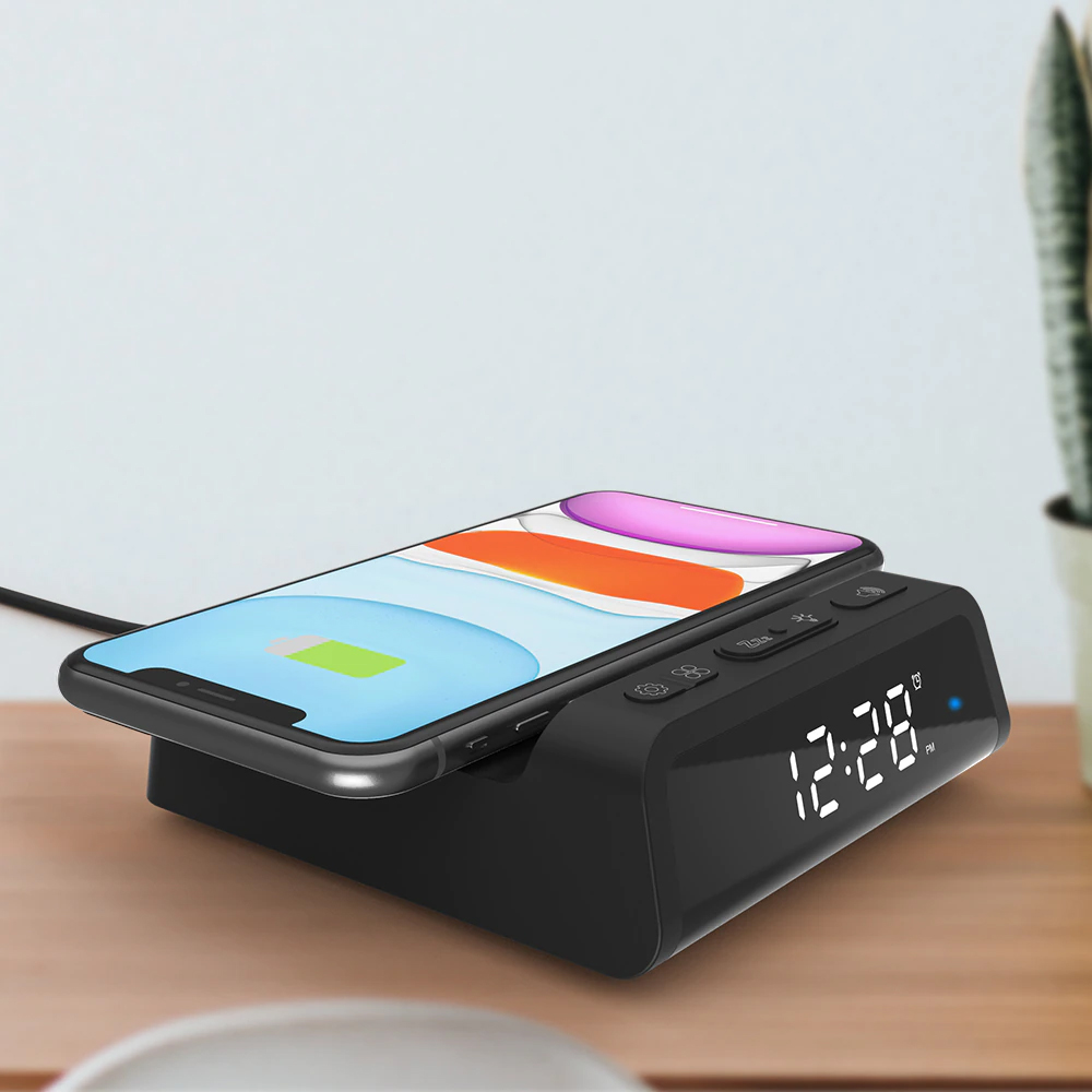 Digital Alarm Clock with Wireless Charging Pad for QI Devices_8